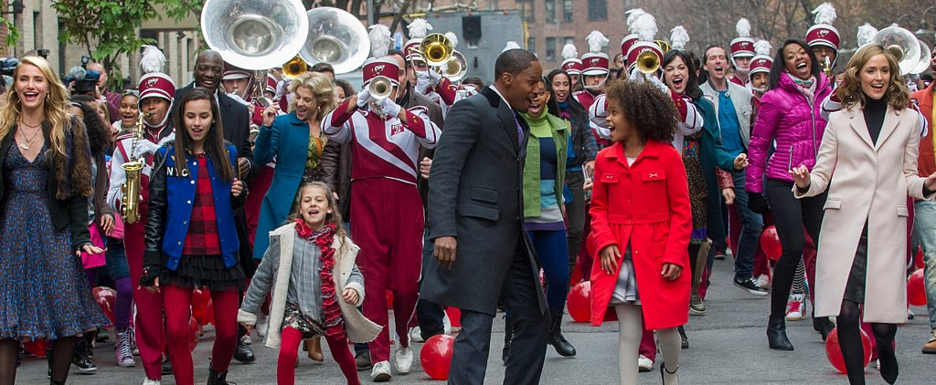 "Quvenzhané Wallis Sings ""It's a Hard Knock Life"" in the New Annie Trailer"