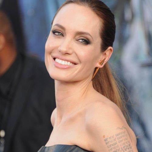 Angelina Jolie Best Beauty Looks | Pictures