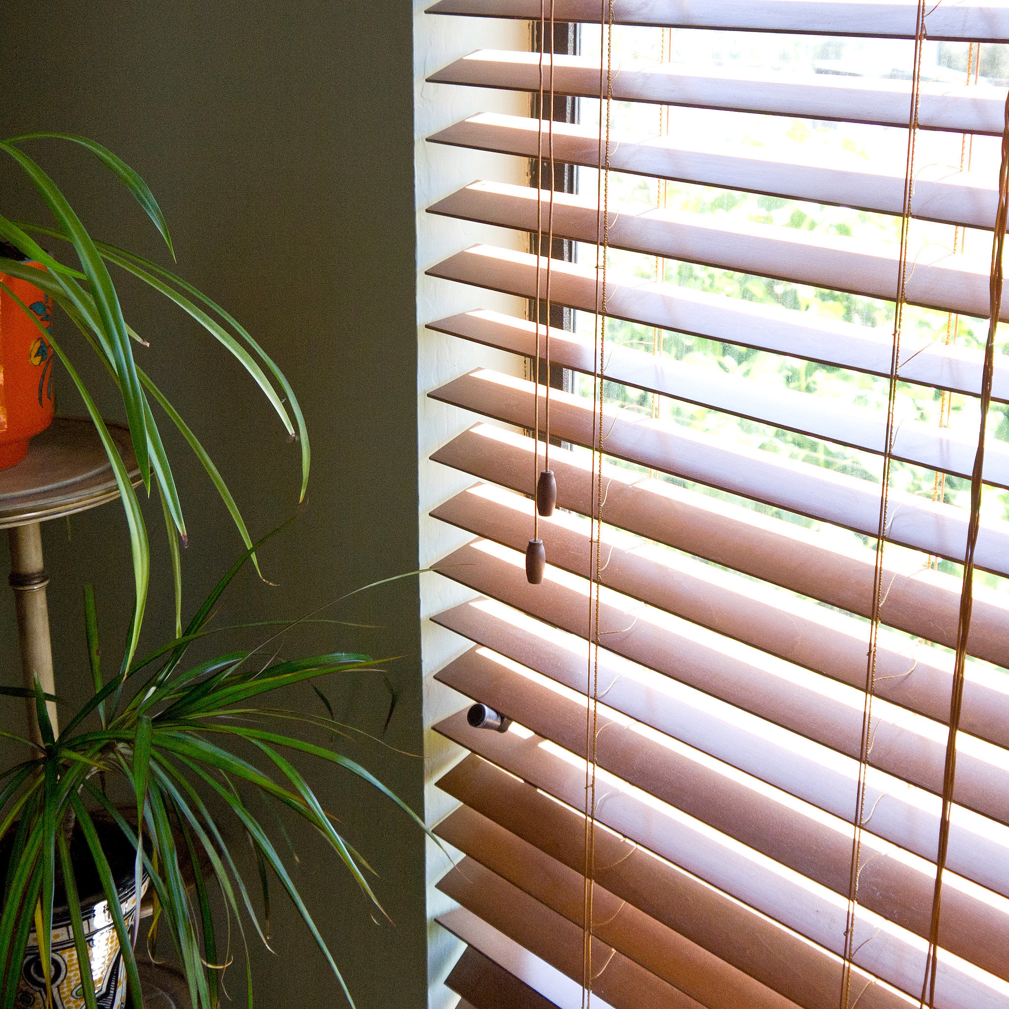 how to clean vertical blinds australia
