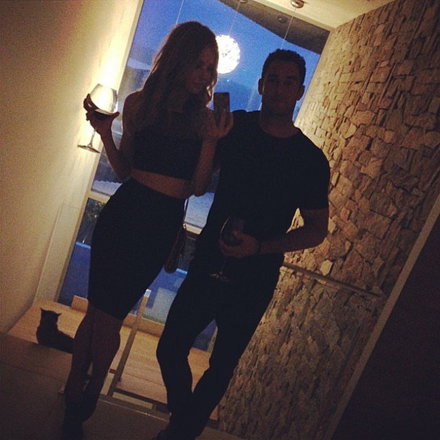 Pre-dinner selfie in March 2014. Source: Instagram user jenhawkins_