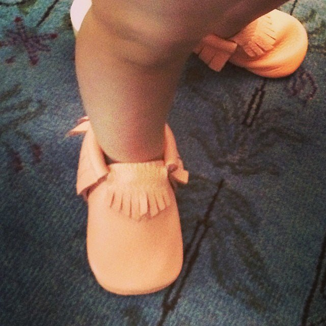 Busy Philipps couldn't get enough of Cricket's moccasins that she found on Shark Tank. Source: Instagram user busyphilipps
