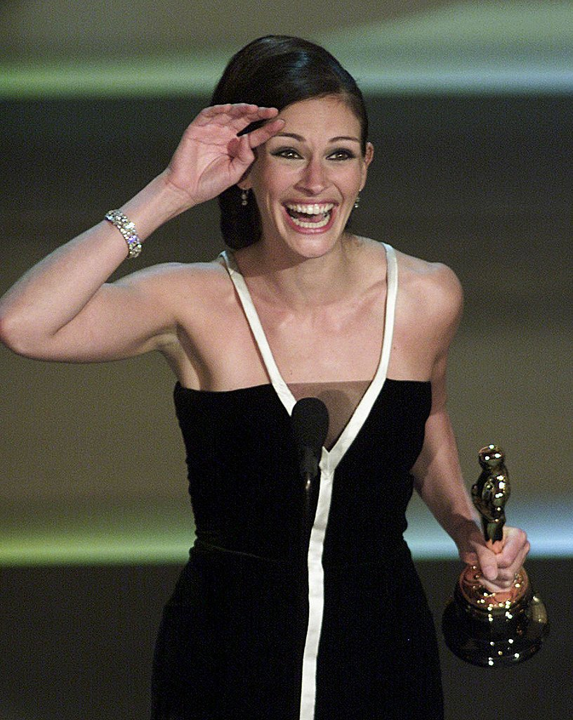 Julia Roberts at the Academy Awards in 2001