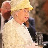 Königin Elizabeth besucht Set von Game of Thrones in Belfast
