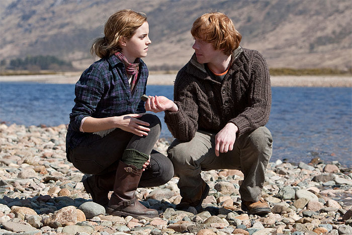 Вы еще не посмотрели фильм Гарри Поттер и дары смерти: часть 1?