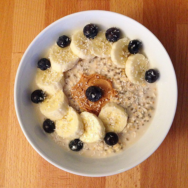 There's no need to add sugar to your oats when you have the natural sweetness of bananas and blueberries. The added flaxseed also gives the dish a healthy dose of omega-3s. Source: Instagram user healthy_elylirose