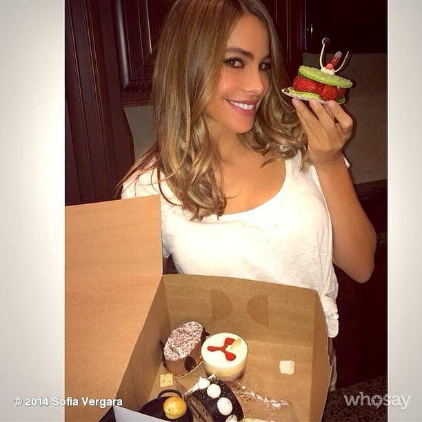 Sofia Vergara was spoiled with sweet treats from Reese Witherspoon. Source: Instagram user sofiavergara