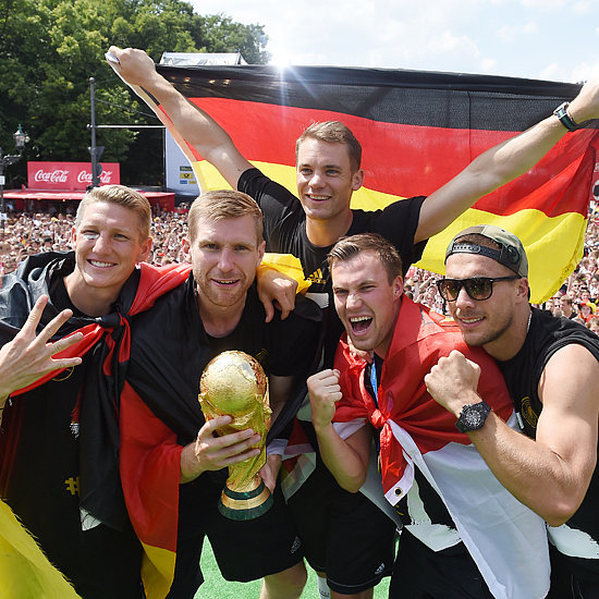 Pictures German Soccer Team Celebrating 2014 World Cup Win