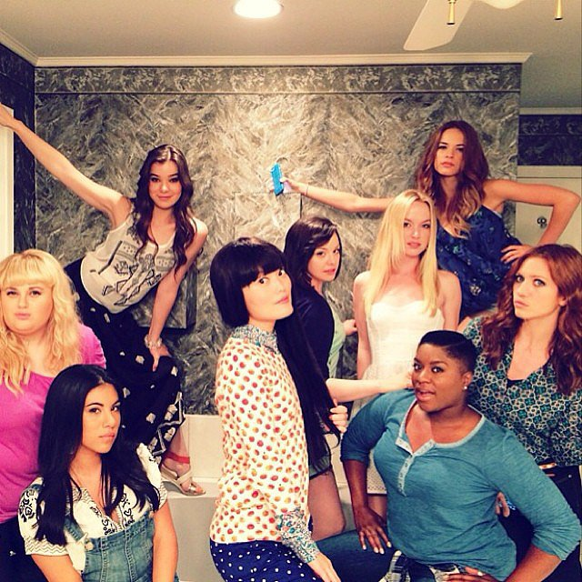 The cast goofed around in a group picture. Source: Instagram user pitchperfectmovie
