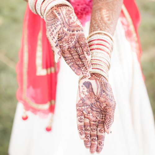How to Use Henna for Beauty