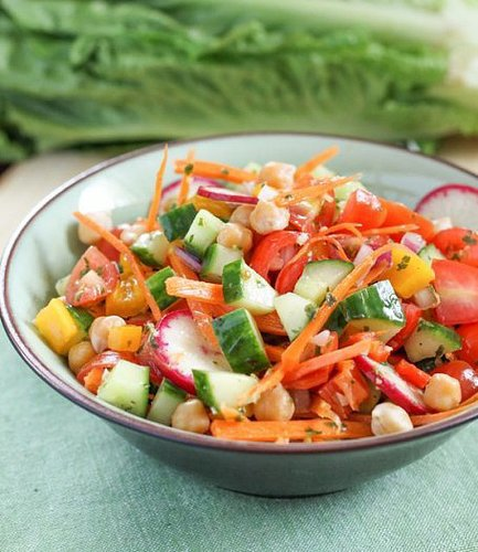 Garden Vegetable and Chickpea Salad - Eat Spin Run Repeat 1Garden Vegetable and Chickpea Salad - Eat Spin Run Repeat