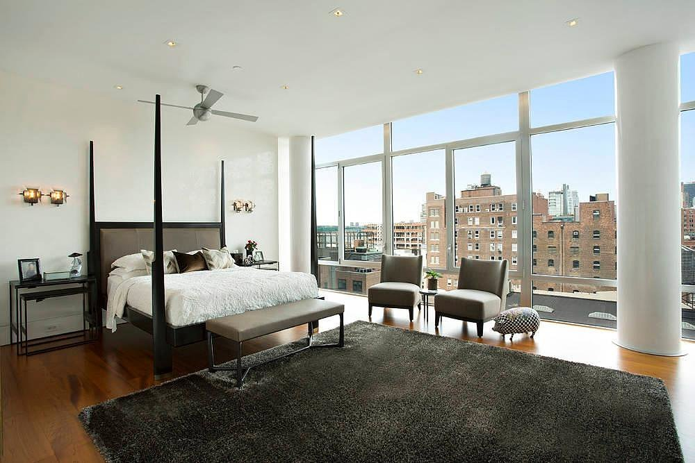 We wouldn't mind waking up to this every morning. Source: Town Real Estate