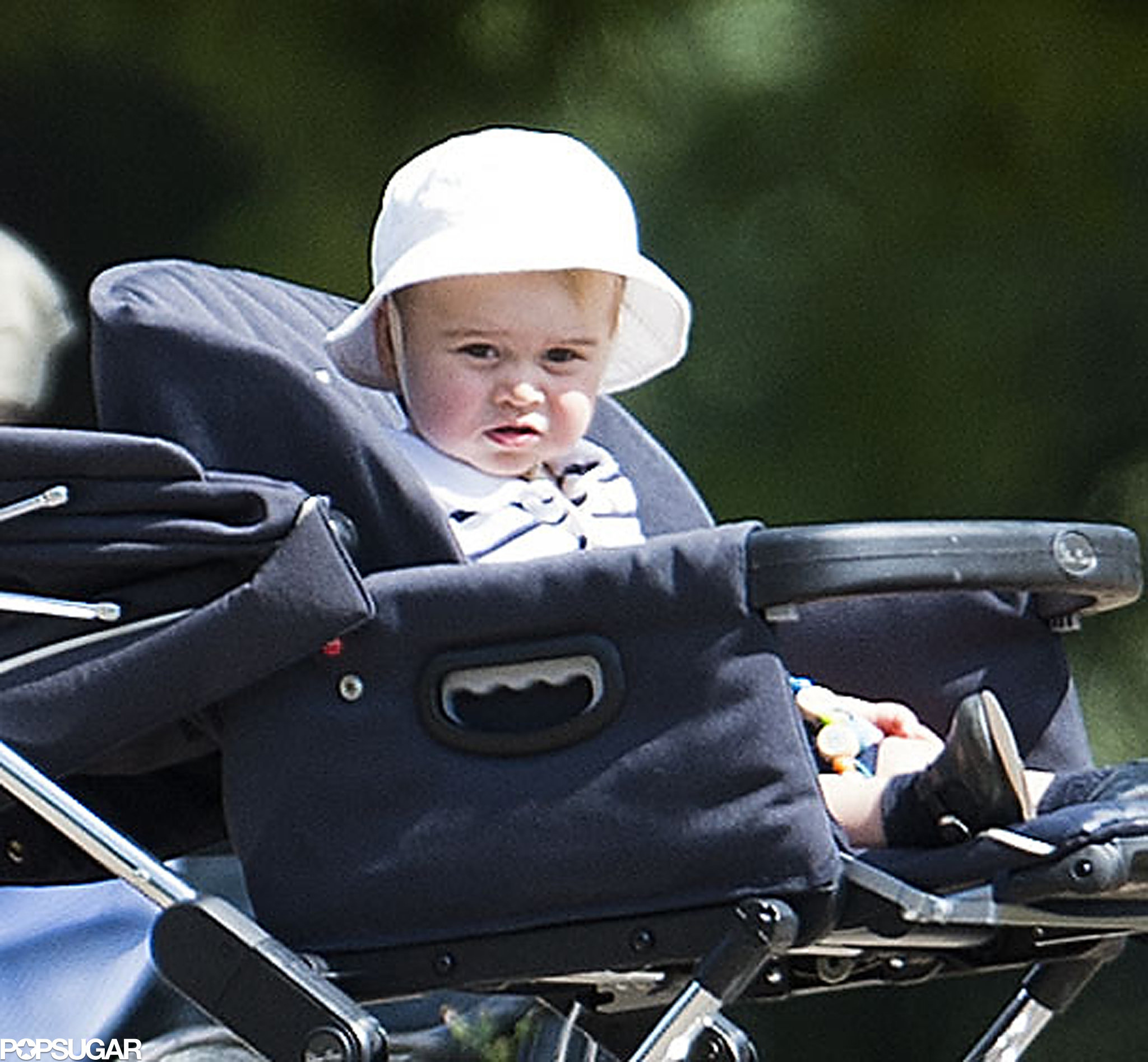 Kate Middleton Pushing Prince George in a Stroller | POPSUGAR ...
