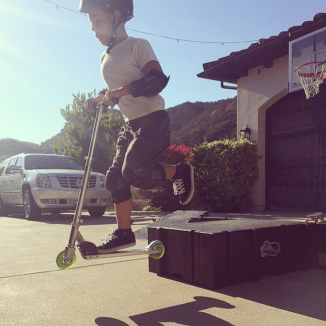 Sean Preston Federline caught some air while riding his scooter. Source: Instagram user britneyspears