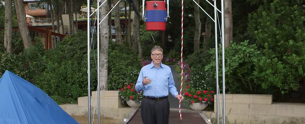 Bill Gates Accepts Your Ice Bucket Challenge, Zuckerberg —With Style