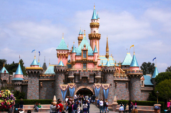 49 International Disney Park Differences Only Hard-Core Fans Will Notice