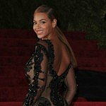 Beyoncé remixes love poem for daughter Blue Ivy