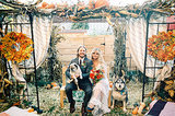 How One Couple Got a Perfectly Intimate Backyard Wedding (16 photos)