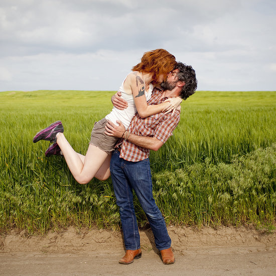Couple Takes Epic Kissing Photos Around the World