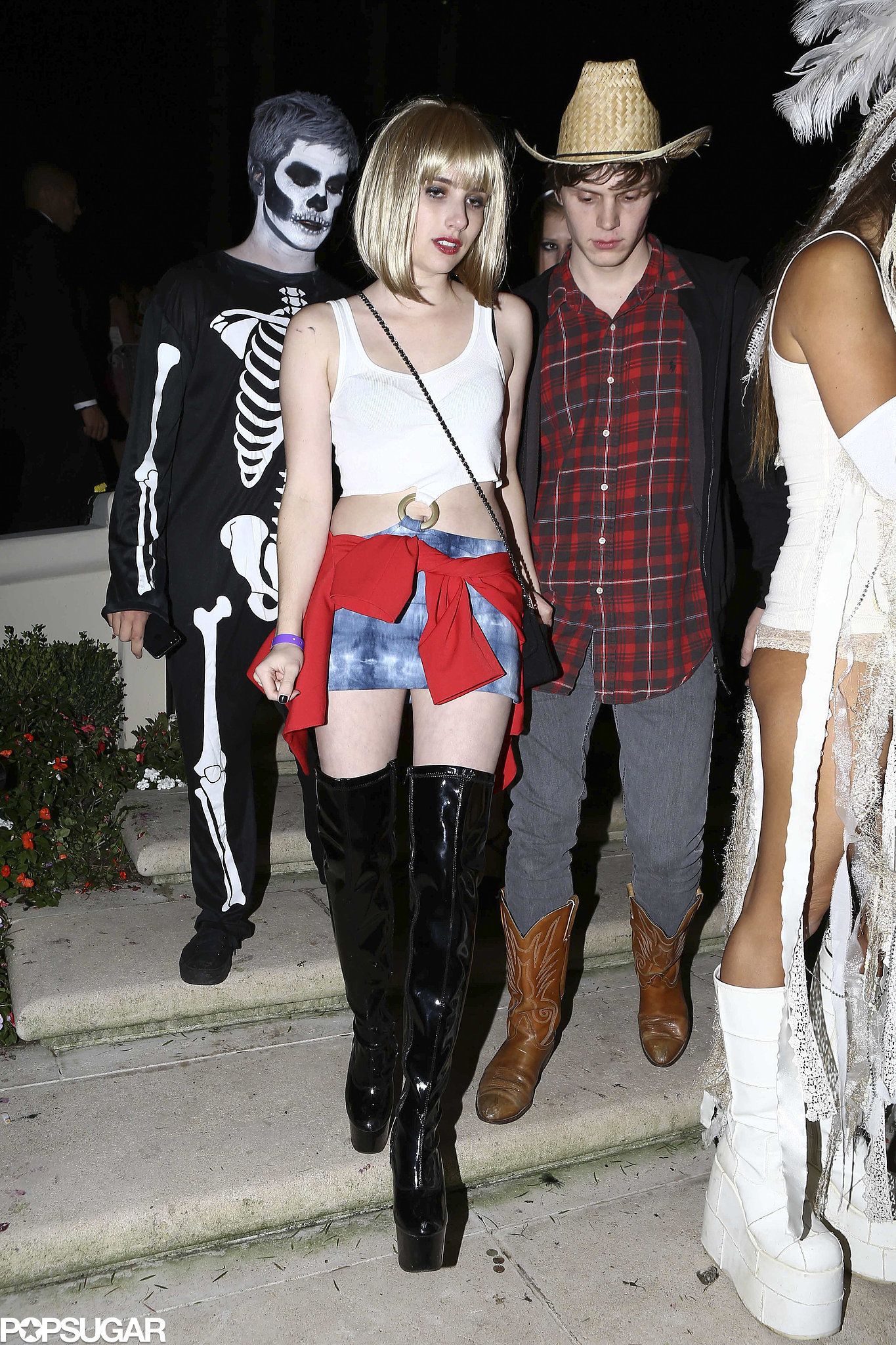emma roberts aunt ~ emma roberts donned her aunt julias pretty woman outfit