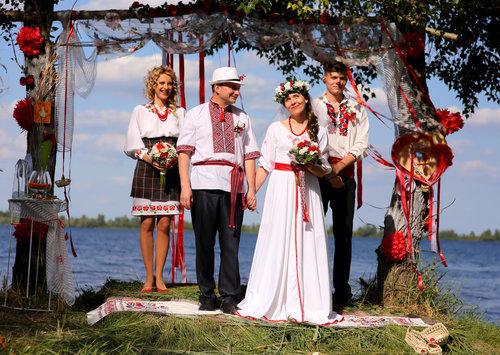 Wedding Dresses Around the World