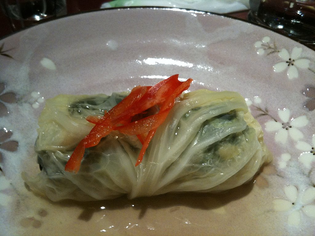 Cabbage Roll with Oysters