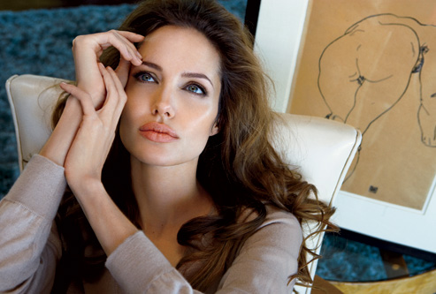 Angelina Jolie does Vanity Fair-july 08
