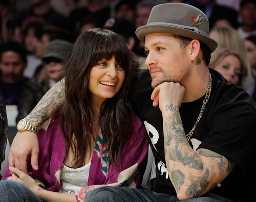 Nicole Richie and Joel Madden enjoy a Lakers Game
