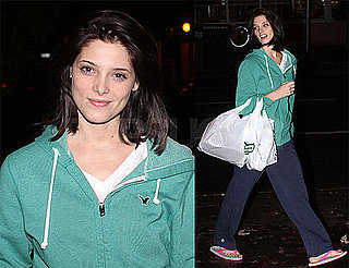 Photos of Ashley Greene in Vancouver 2009-10-19 14:00:00