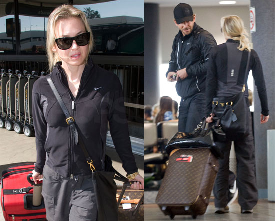 Photos of Renee Zellweger and Bradley Cooper at the Airport 2009-10-26 09:06:20