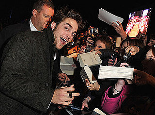 Photos of Robert Pattinson at New Moon Fan Event in UK