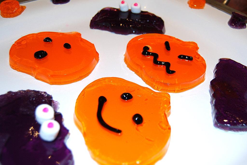 Jell-O Jiggler Jack-o-Lanterns and Bats