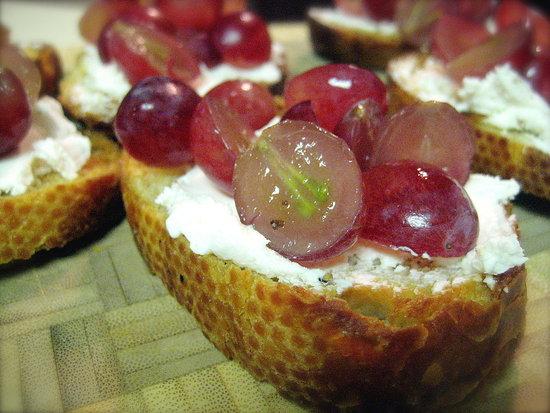 Grape and Goat Cheese Crostini