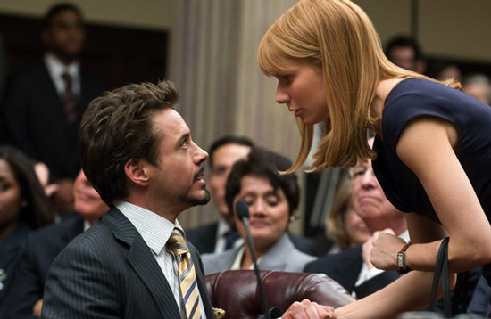 Pepper Potts (Gwyneth Paltrow) and Tony get close.