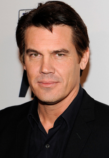 Josh Brolin in Talks for Role in Men in Black 3