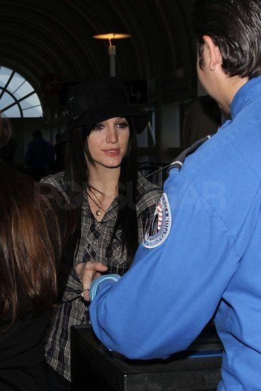 Photos of Ashlee Simpson at the Airport