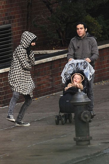 Photos of Pete, Ashlee, and Bronx At the Park