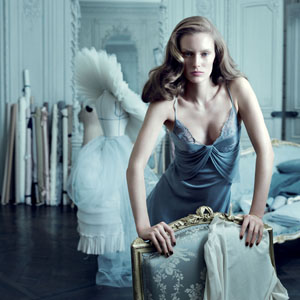 Win a $500 Holiday Gift From La Perla!