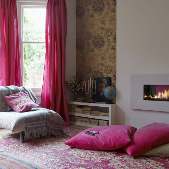 Using accents, such as floor pillows and curtains, is a great way to introduce pink into a room without investing too much money or time. Source