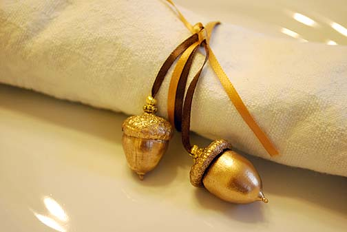 Wife Soup helps your table sparkle with these acorn napkin ties.