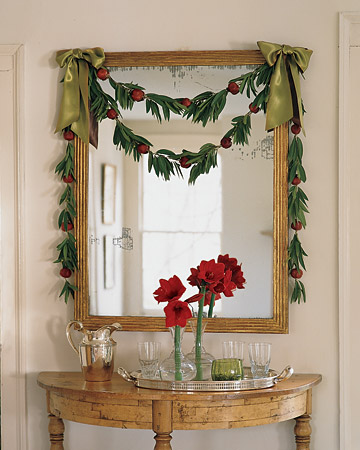 This bay leaf and pomegranate garland looks good enough to eat! Martha will show you how to make it.