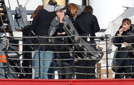 Photos of Angelina on Salt Set
