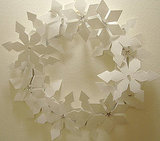 Cut, Nela, Cut shows you how to make a snowflake wreath.