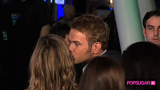 2010 People's Choice Awards Winners, Taylor Lautner and Taylor Swift, Kellan Lutz Kissing