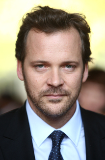 Peter Sarsgaard in Negotiations to Play Villain Dr. Hector Hammond in The Green Lantern