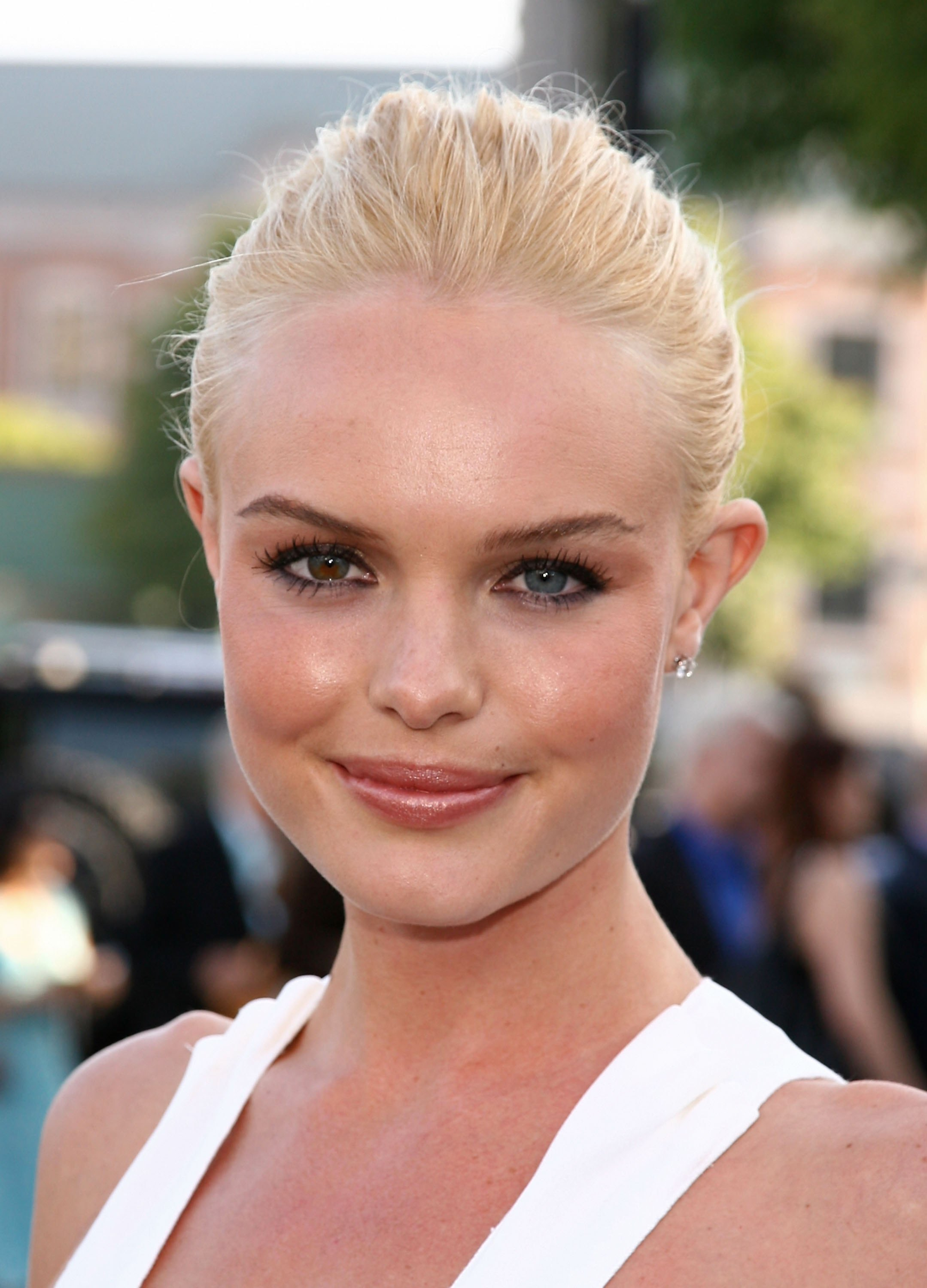 38321_hollywoodsbest.netKate_Bosworth45_2