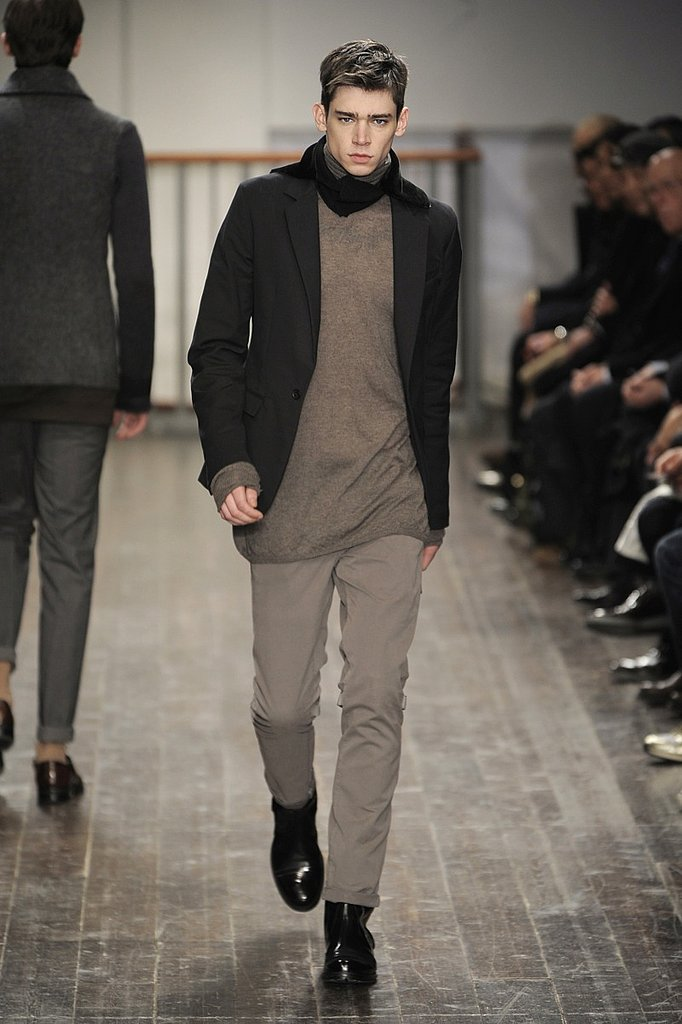 Milan: Alessandro Dell'Acqua Men's Fall 2009