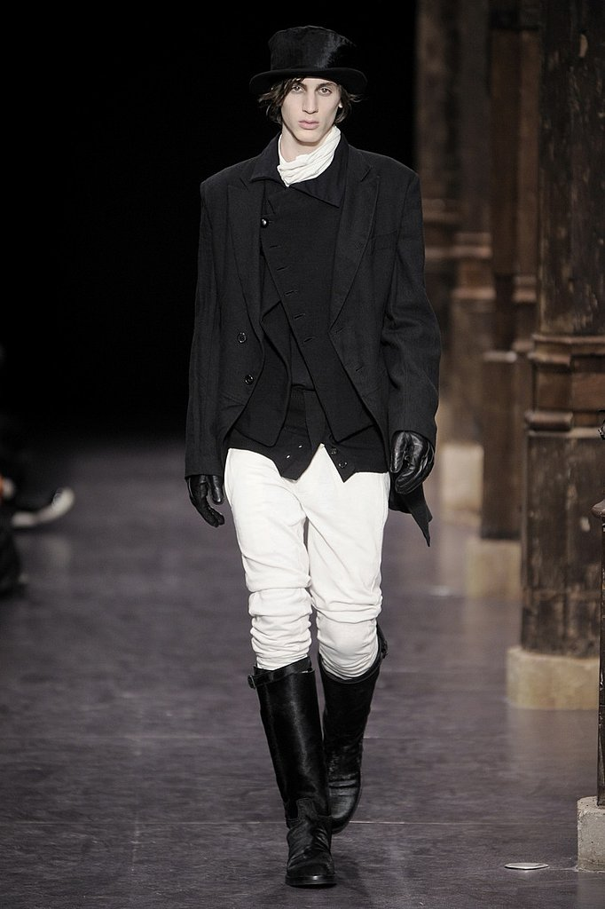 Paris: Ann Demeulemeester Men's Fall 2009