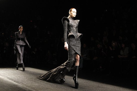 Nina Ricci Fall 2009: Insane Shoes for Olivier Theyskens's Last?