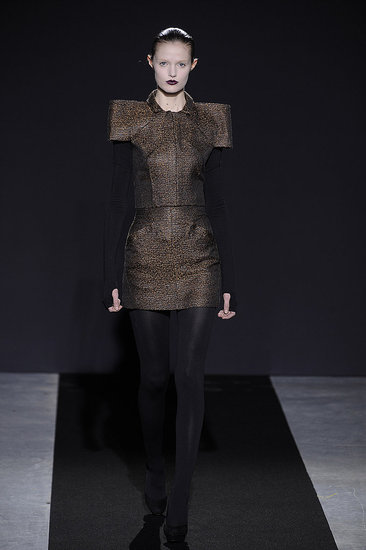 Paris Fashion Week: Bruno Pieters Fall 2009
