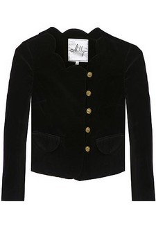 A fitted jacket with a sweet scalloped collar.